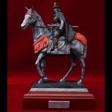 Photo1: Classic Historical Statue- Oda Nobunaga Riding on Horse (1)