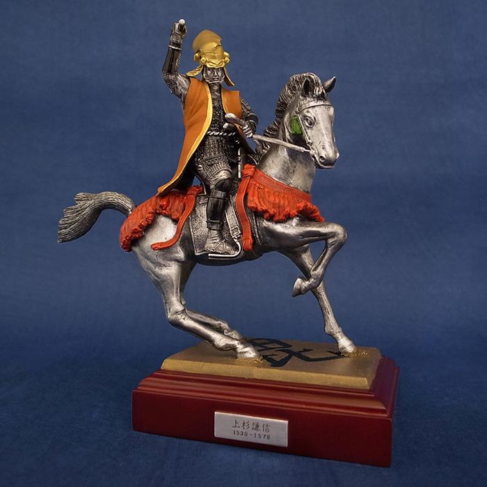 Photo1: Classic Historical Statue - Uesugi Kensin in Kawanakajima Battle*Vermilion Battle Surcoat!! (1)